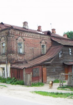 Pavlovsky_posad_typical_house